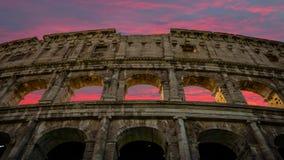 Edificio del Colosseum en el cierre de Roma para arriba almacen de video