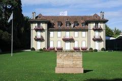 Edificio del comité olímpico en Lausanne sobre Suiza Foto de archivo libre de regalías