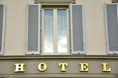 Edificio del hotel en Italia Fotografía de archivo