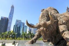 Edificio del mercado de acción en Shenzhen Imágenes de archivo libres de regalías