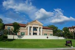 Edificio del periodismo en LSU imagen de archivo