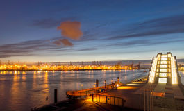 Edificio del puerto y del Dockland Imagenes de archivo