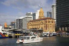 Edificio del transbordador de Auckland Fotos de archivo libres de regalías