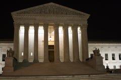 Edificio del Tribunal Supremo en la noche Imágenes de archivo libres de regalías