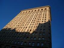 Edificio di Flatiron al sole ed ombra fotografie stock