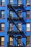 Edificio di New York di uscita d'emergenza Fotografia Stock Libera da Diritti