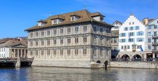 Edificio di Rathaus a Zurigo, Svizzera Immagini Stock