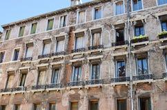 Edificio di Tipical a Venezia, Italia fotografia stock libera da diritti