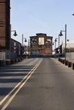 Edificio en el extremo del camino Fotos de archivo libres de regalías