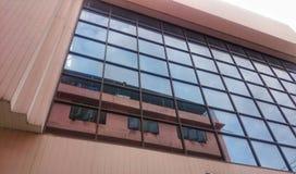 Edificio en ventanas fotos de archivo libres de regalías