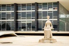 Edificio federal del tribunal de Supremo en Brasilia, capital del Brasil Foto de archivo libre de regalías