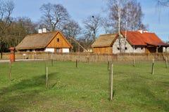 Edificio, granero, museo al aire libre en el pueblo - reconstrucción IXX del siglo Imagenes de archivo