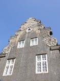 Edificio gris viejo Imagen de archivo