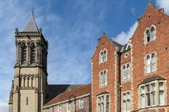 Edificio histórico construido en estilo gótico del renacimiento de la iglesia católica de la iglesia de madre del St Wilfrid aka  imagen de archivo libre de regalías