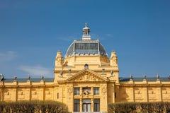 Edificio histórico de Art Pavilion en la capital de Zagreb de Croacia fotografía de archivo