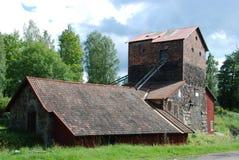 Edificio histórico de la fabricación del hierro en Suecia Imágenes de archivo libres de regalías