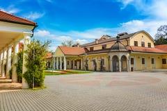 Edificio histórico en la isla del balneario en Piestany ESLOVAQUIA Imagen de archivo