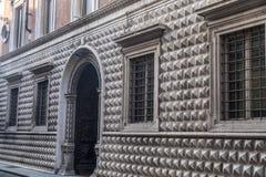 Edificio histórico en Piacenza, Italia Imágenes de archivo libres de regalías