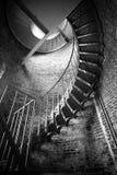 Edificio histórico Inte de la arquitectura del ladrillo del metal de la escalera espiral Imagenes de archivo