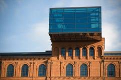 Edificio histórico restablecido de la fábrica fotos de archivo