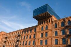 Edificio histórico restablecido de la fábrica fotografía de archivo