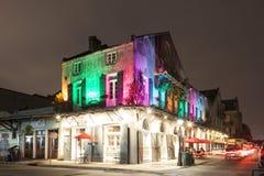 Edificio iluminado en New Orleans, Luisiana Imagen de archivo