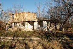 Edificio inacabado, abandonado y arruinado Fotos de archivo libres de regalías