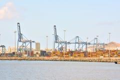 Edificio industrial editorial en el puerto Foto de archivo libre de regalías