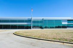 Edificio industrial moderno Fotografía de archivo libre de regalías