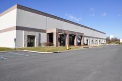 Edificio industrial moderno Imagenes de archivo