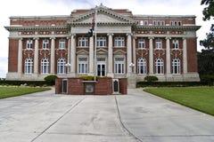 Edificio institucional de la configuración clásica Fotografía de archivo libre de regalías
