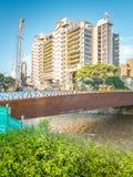 Edificio Inteligente Medellin y Rio Medellin foto de archivo libre de regalías