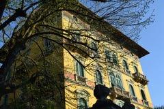Edificio italiano Fotos de archivo libres de regalías