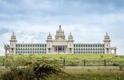 Edificio majestuoso del gobierno, la India imagen de archivo libre de regalías