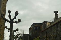 Edificio militar hermoso en la ciudad fortificada de Getaria Viaje de las Edades Medias de la arquitectura Fotografía de archivo