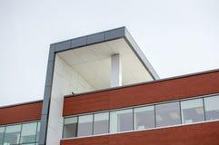 Edificio moderno de la clínica Fotos de archivo