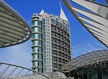 Edificio moderno de Lisboa Imagen de archivo libre de regalías