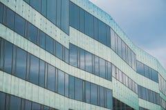 Edificio moderno en Malmö, Sweeden Imagenes de archivo