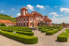 Edificio público histórico del castillo de Troja, Praga, República Checa Foto de archivo