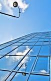 Edificio per uffici blu fotografie stock libere da diritti