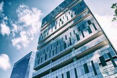Edificio per uffici blu moderno Immagine Stock