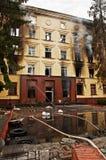 Edificio per uffici bruciato Fotografia Stock Libera da Diritti
