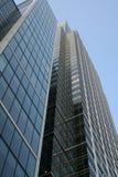 Edificio per uffici d'acciaio molto alto Fotografie Stock