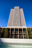 Edificio per uffici della chiesa di Jesus Christ dei san posteriori di giorno immagini stock