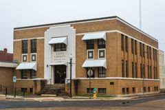 Edificio per uffici di Cass County nel tiglio, TX fotografia stock libera da diritti