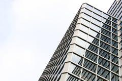 Edificio per uffici di vetro Immagine Stock Libera da Diritti