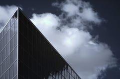 Edificio per uffici infrarosso immagine stock