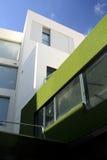 Edificio per uffici moderno di ECO Immagine Stock Libera da Diritti