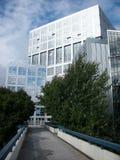 Edificio per uffici nel distretto aziendale Immagini Stock