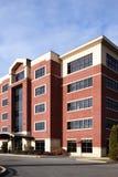 Edificio per uffici suburbano Fotografia Stock Libera da Diritti